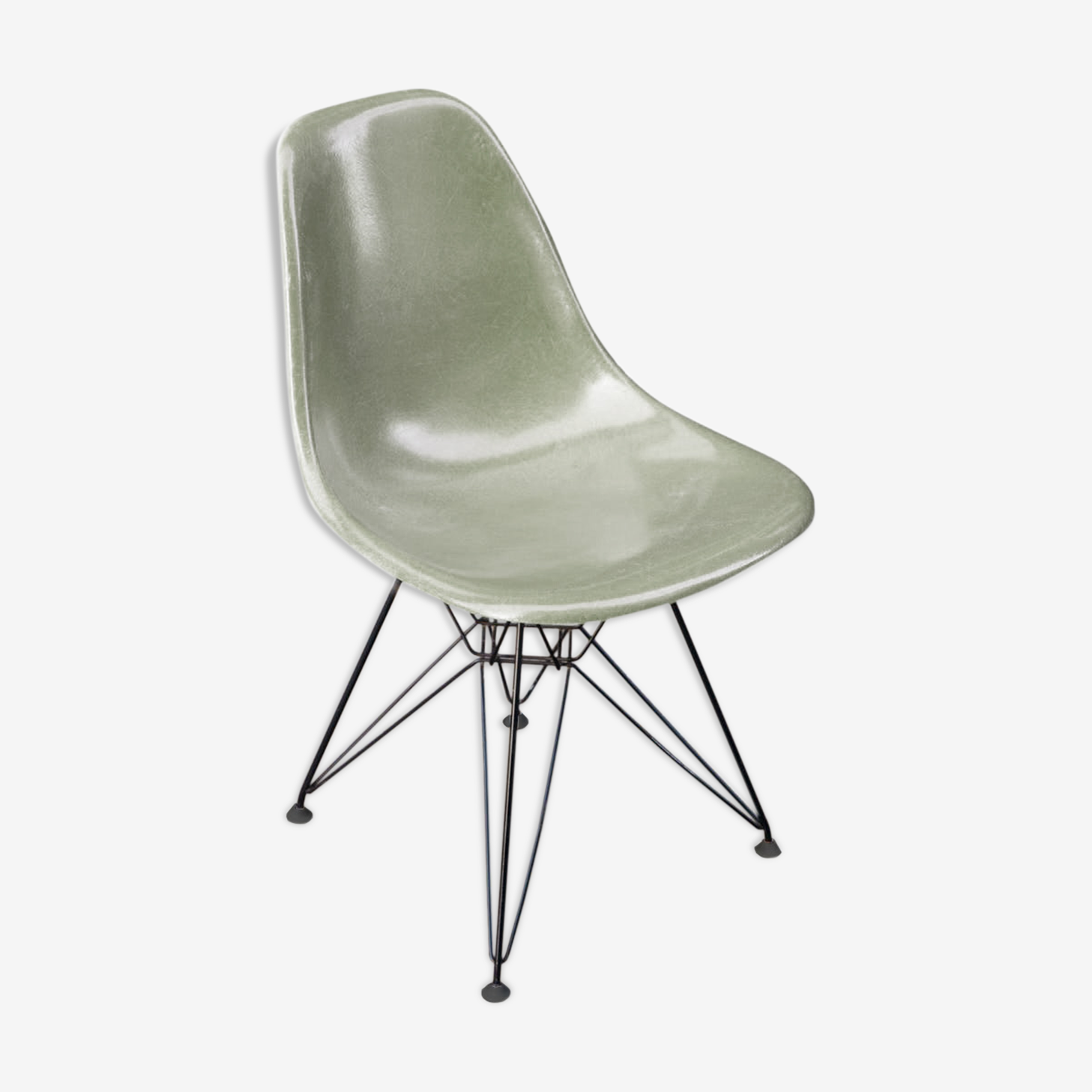 Chaise DSR design Charles et Ray Eames édition Herman Miller pied Eiffel