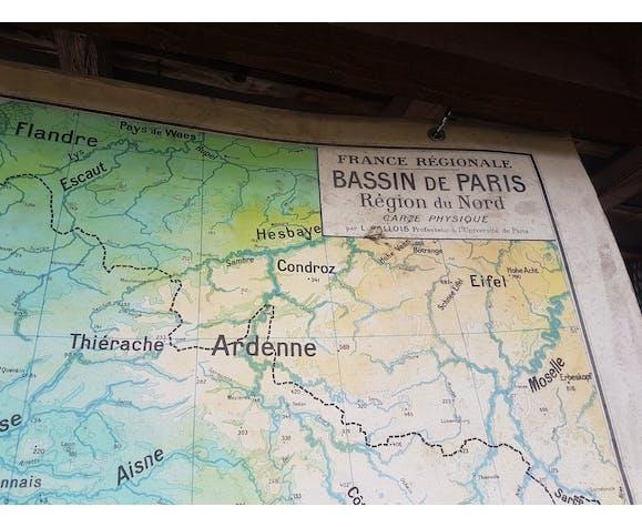 Vintage school map Bassin de Paris