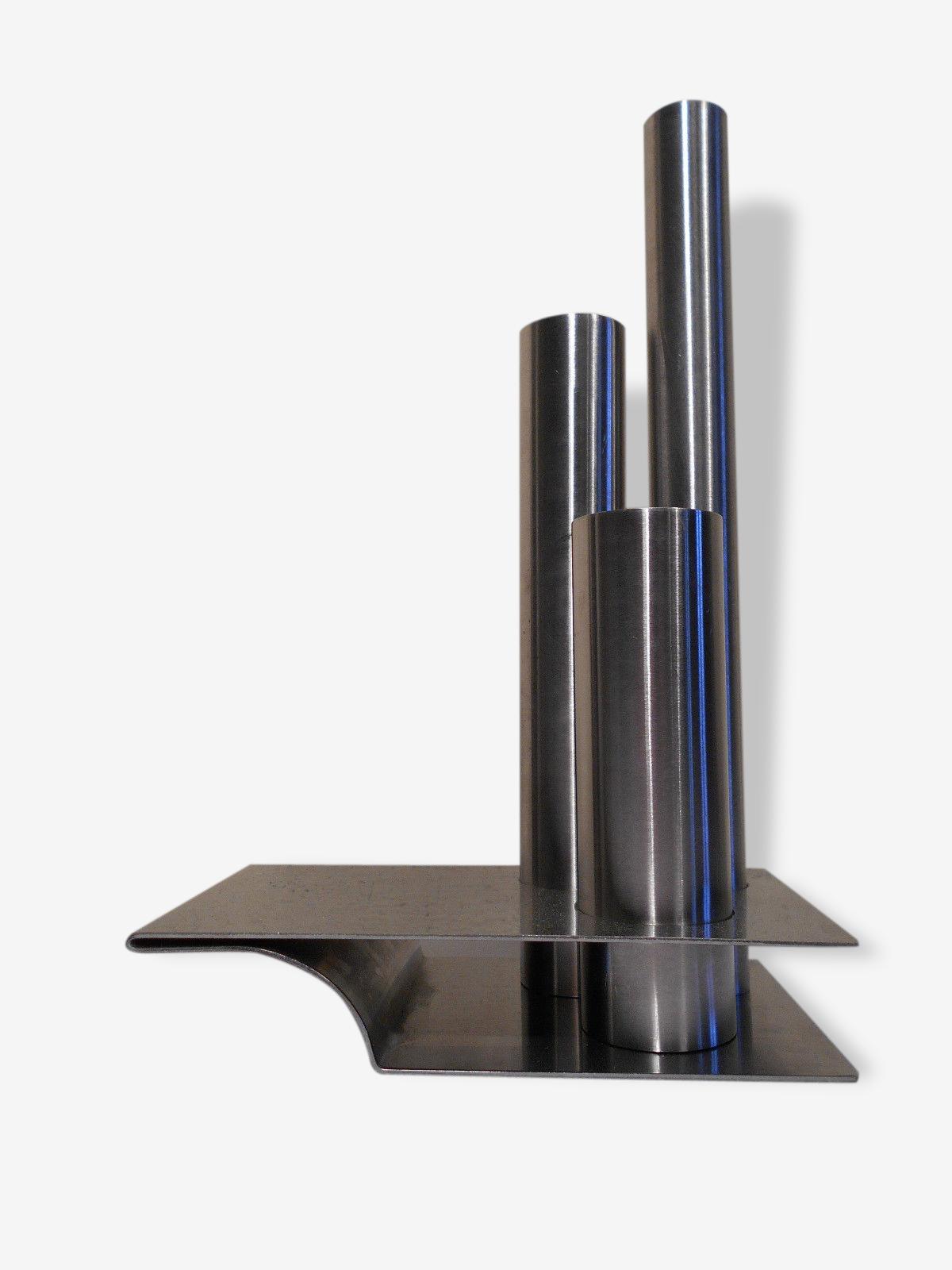 Sculpture ou vase soliflore Remy Letang en inox brossé
