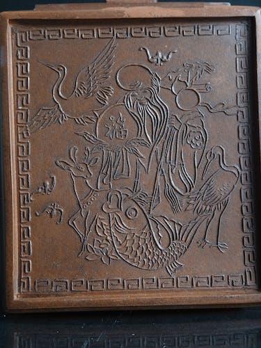 Théière Yixing en grés Chinois Shou lao animaux marque Chine vers 1900