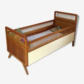 ancien landau lit bebe panier rotin chassis bois sur roulettes vintage rotin et osier marron. Black Bedroom Furniture Sets. Home Design Ideas
