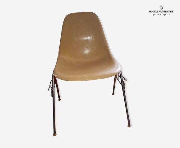 Chaise DSS de Charles et Ray Eames par Herman Miller