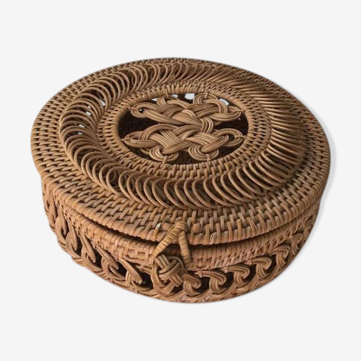 Round basket woven wicker