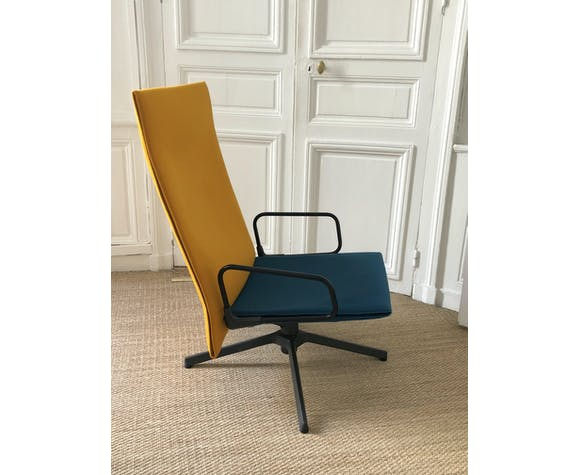 Knoll - blue and yellow canvas armchair