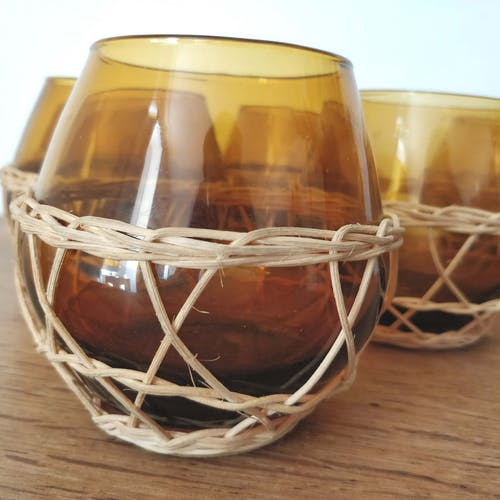 6 verres à citronnade verre ambré et osier
