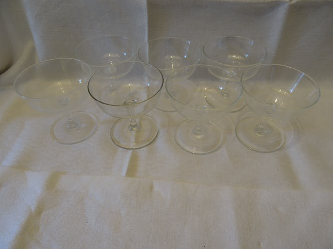 Lot of 7 crystal champagne glasses