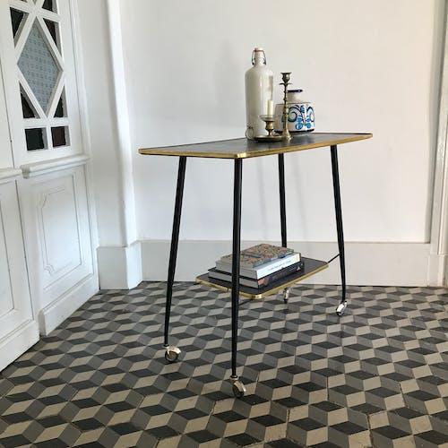Vintage roller table