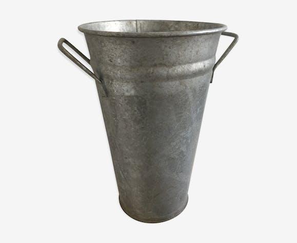 Pot en zinc de fleuriste