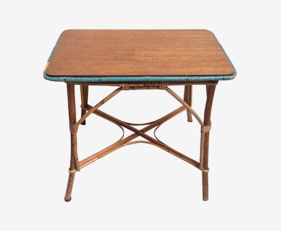 Table basse en rotin ancienne