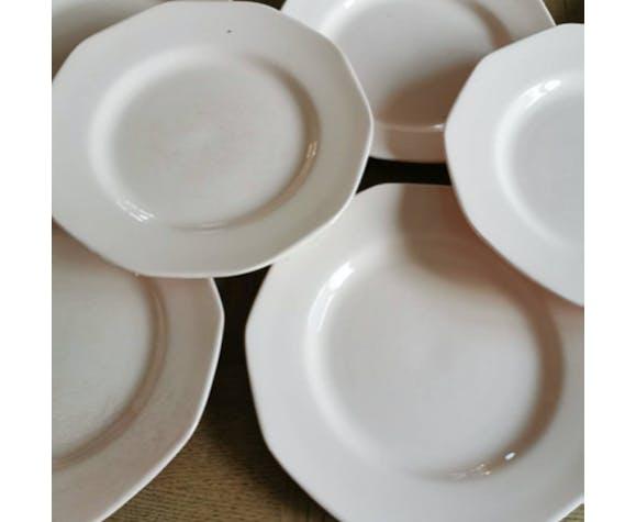 Service de 8 assiettes plates vintage en faïence l'Amandinoise de Saint-Amand rose pâle