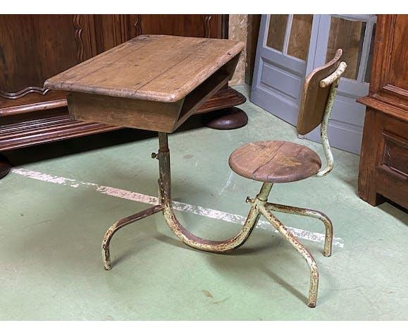 Bureau d'écolier des années 50 - assise et plateau réglable