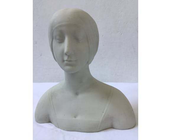 Bust of young woman 1900