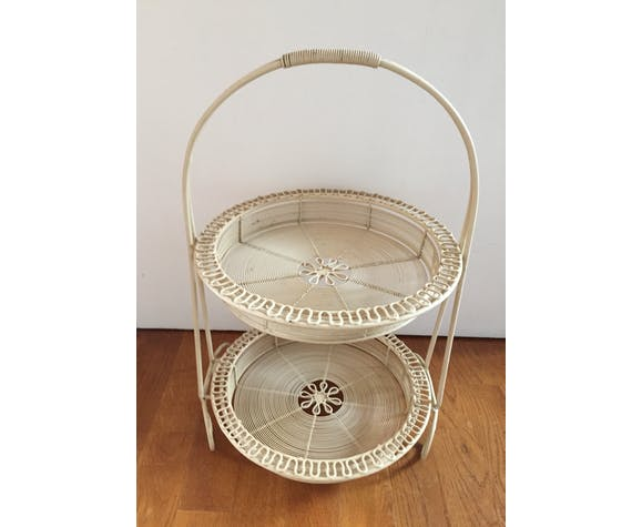 Two-piece removable basket