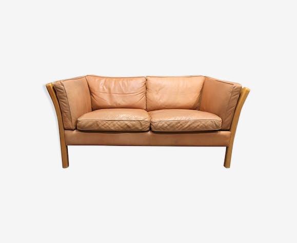 Canapé 2 places tout cuir Stouby design scandinave