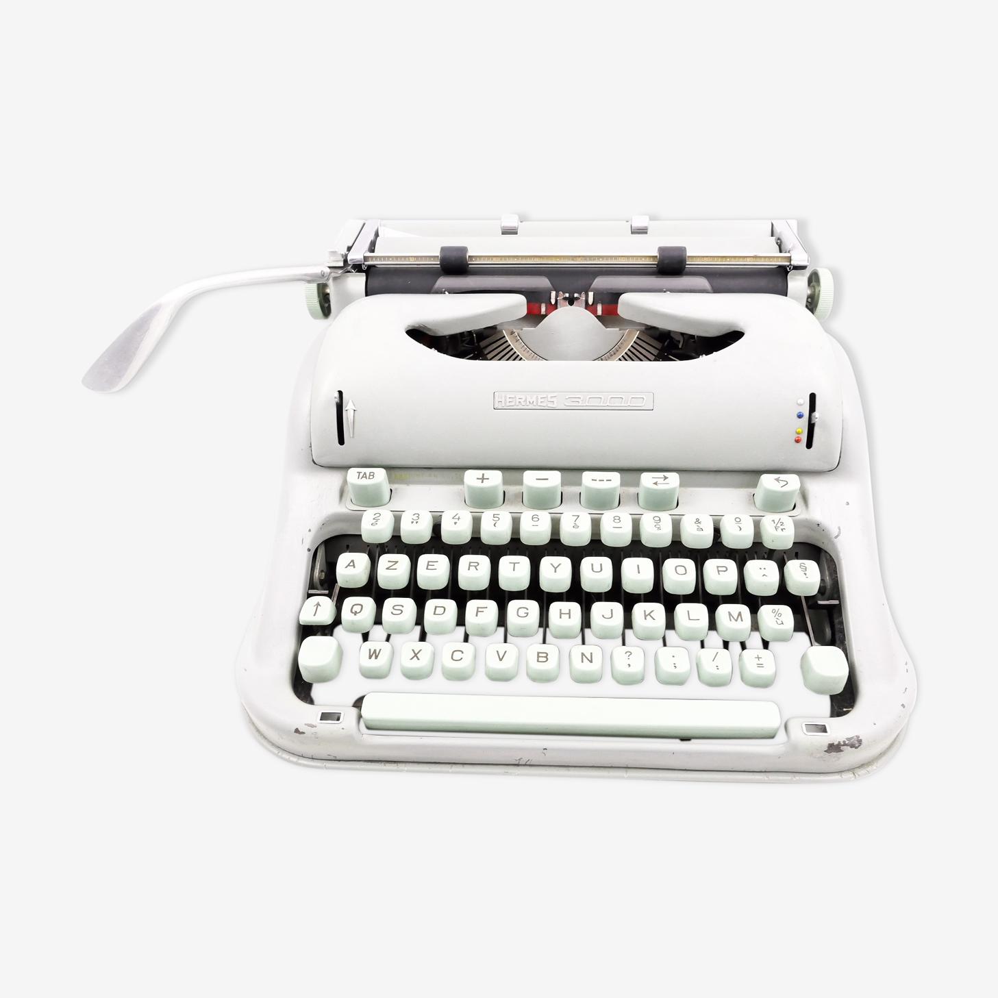 Machine à écrire Hermes 3000 verte vintage révisée avec ruban neuf