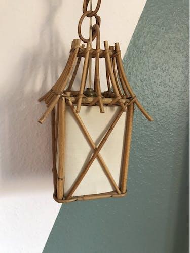 Lanterne en rotin vintage