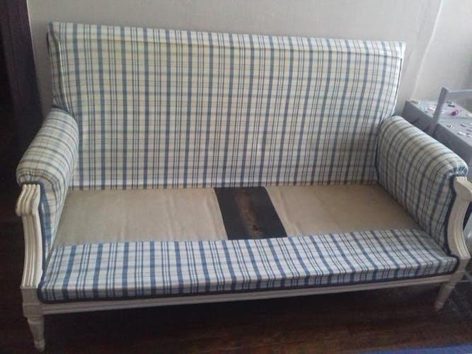 Louis XVI-style sofa