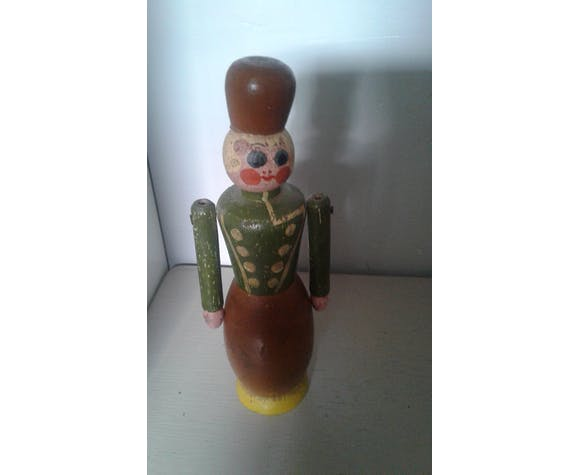 Soldat en bois ancien tirelire