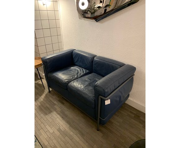 Le Corbusier Lc2 Sofa Selency