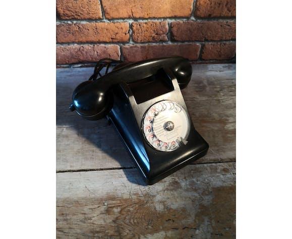 Téléphone en bakélite U43