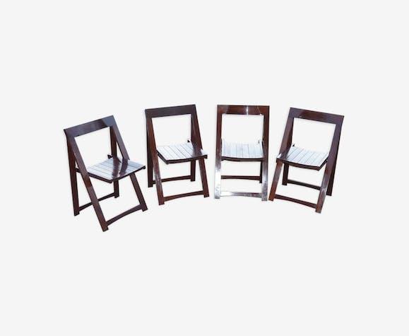 Ensemble de 4 chaises pliantes en bois verni