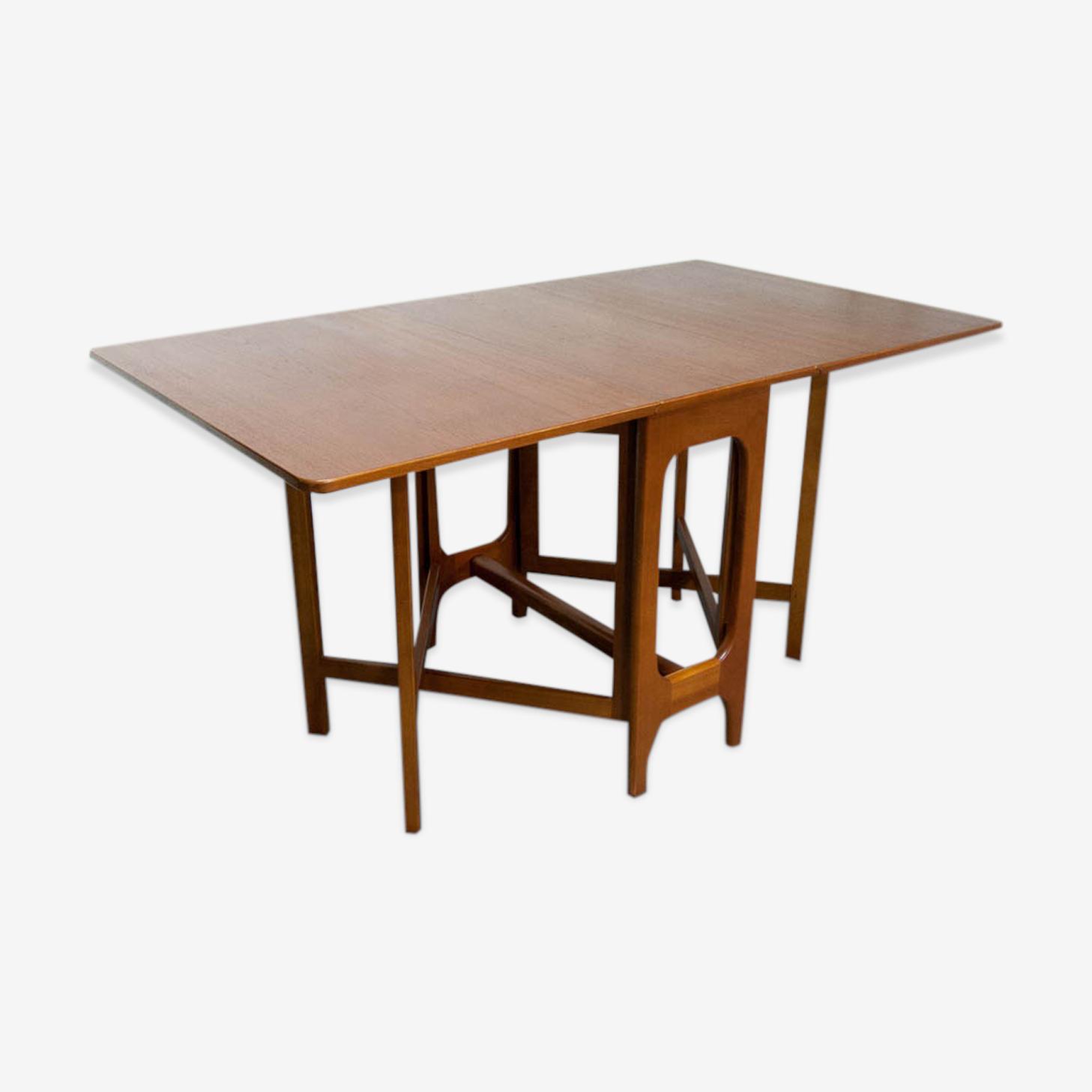 Table scandinave à rabats