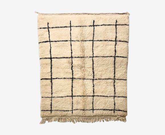 Tapis berbère Beni Ouarain à carreaux noirs 1,86 x 1,59 m