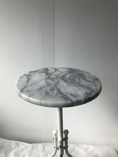 Guéridon en marbre