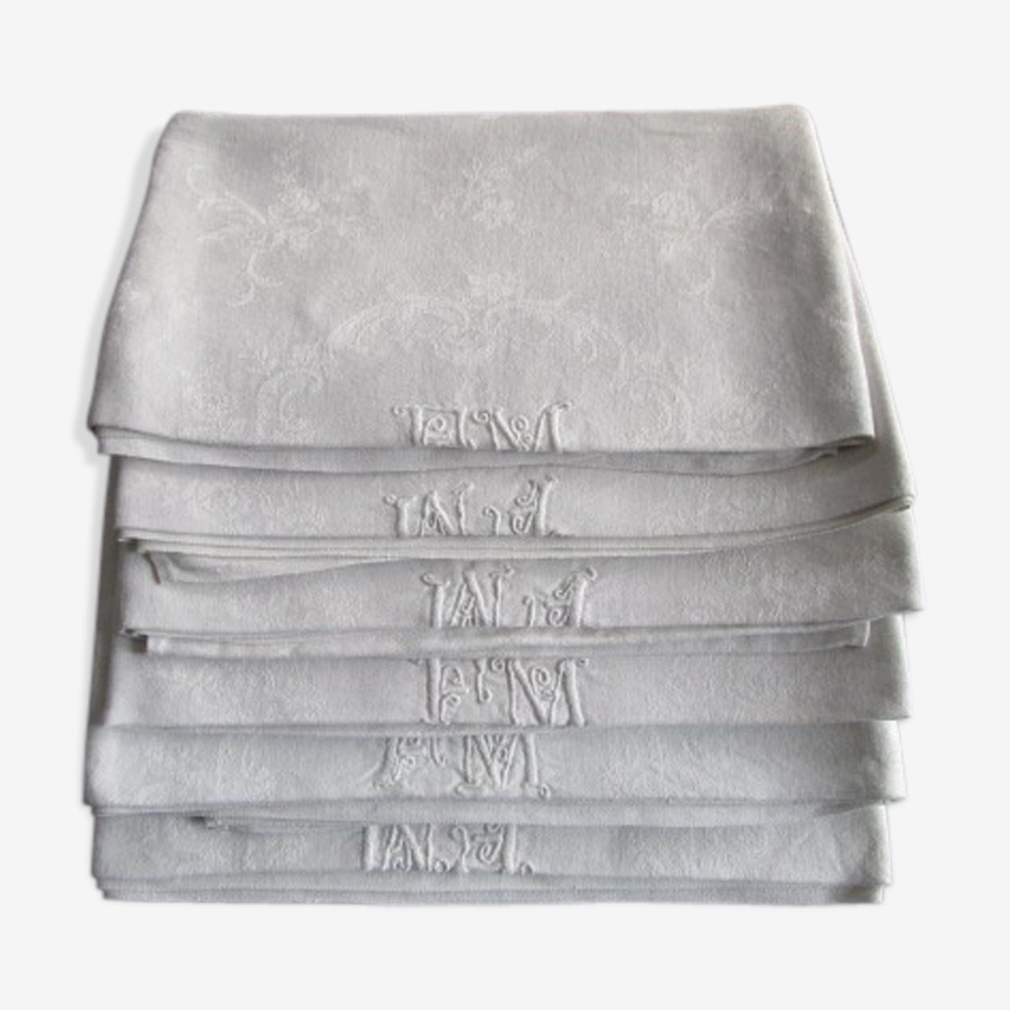 6 serviettes anciennes damassées, monogrammées