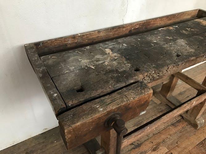 Établi de menuisier bois brut fin 1900