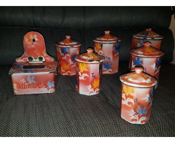 Pots a épices émaillés anciens
