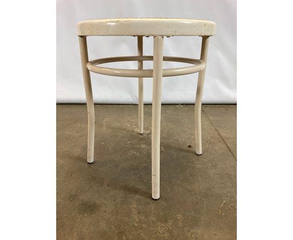 Tabouret en métal blanc et assise osier année 80