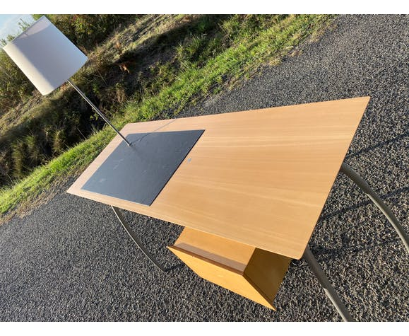 "Desk ""Saint-James"" by Jean Nouvel published by Ligne Roset"