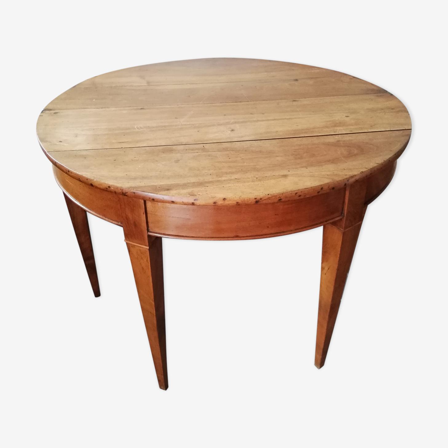 Half moon flap table