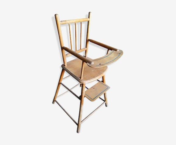 Chaise haute bois poupée