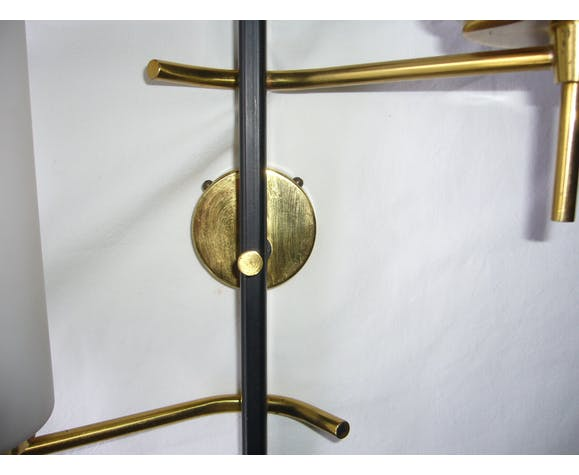 Applique des années 50 en métal noir et doré, verres opalins maison Arlus