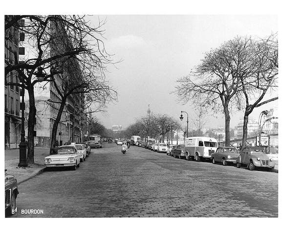 Photographie de Paris ancienne : le boulevard bourdon en 1965