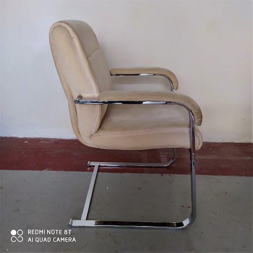 Paire de fauteuils Sitag