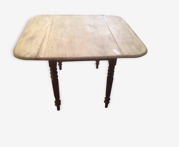 Table carrée, Louis Philippe à rabats