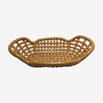 Woven faience basket