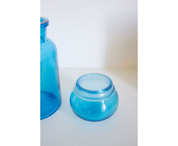 Dash blue glass jar