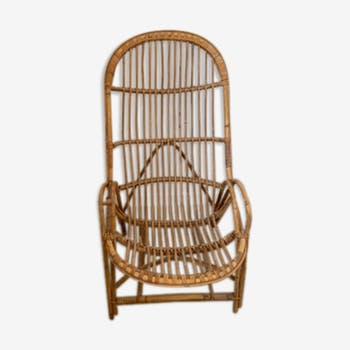 Rattan shell chair with back