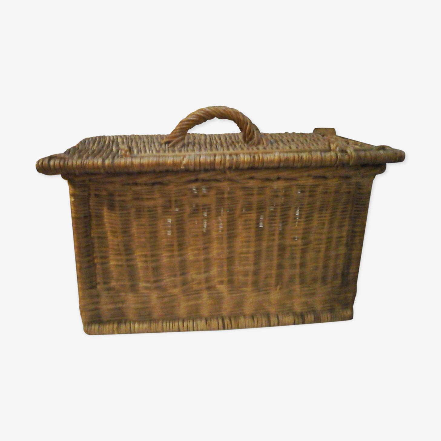 Rattan wicker basket