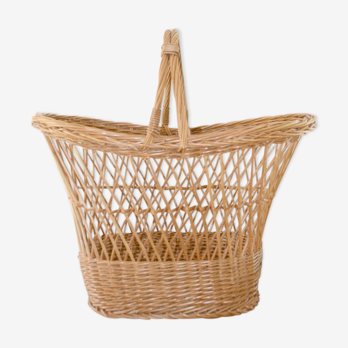 Market rattan and wicker basket