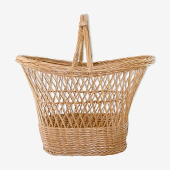 Market rattan and wicker basket