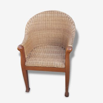 Chair cherry