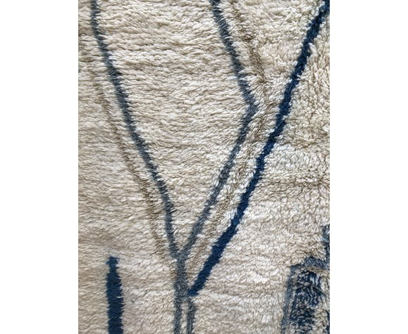 Moroccan Berber rug Azilal ecru with patterns in shades of blue 2.51x1,42m