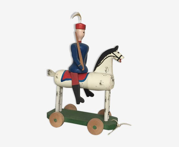 Soldat à cheval en bois à tirer