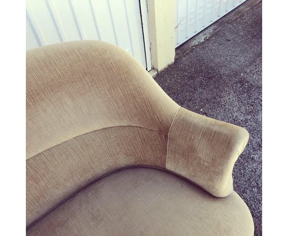 Vintage toad sofa in light taupe velvet