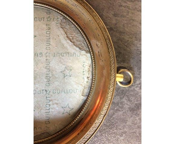 Cadre photo ovale ancien en laiton